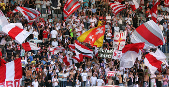 La tribune Piantoni contre Monaco en 2009