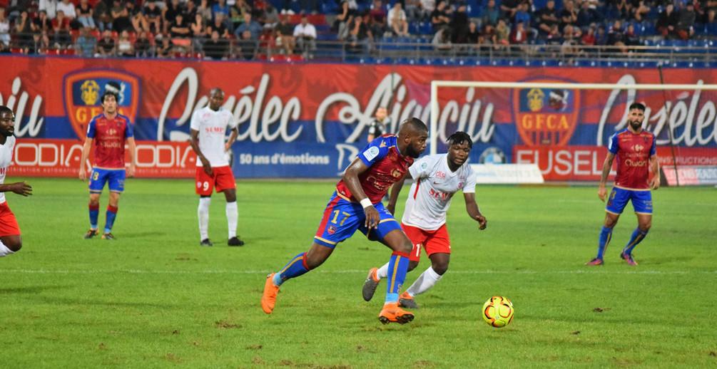 Grâce à un but de Maboulou, l'ASNL remporte un premier succès largement mérité (photo GFCA).