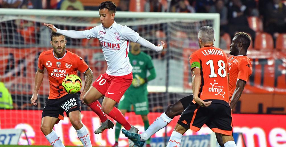 L'ASNL s'est compliquée la tâche en offrant les deux premiers buts aux Lorientais (photo B. Perrel / FCL).