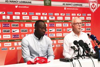 Conférence de presse à Picot