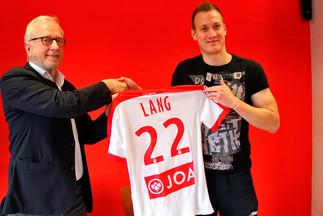 C'est signé pour Lang