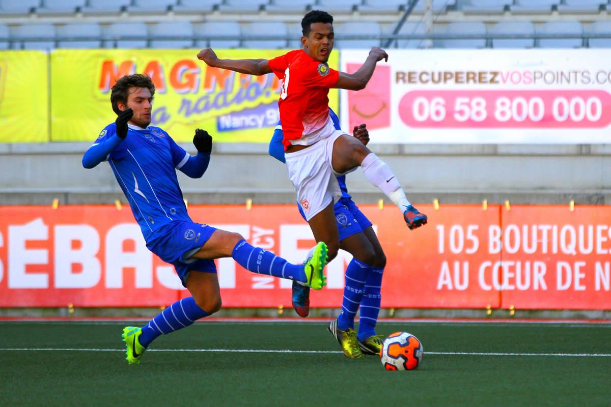ASNL/Troyes en CFA2 - Photo n°9