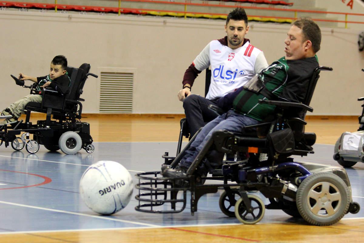 Du foot fauteuil pour le Téléthon - Photo n°13