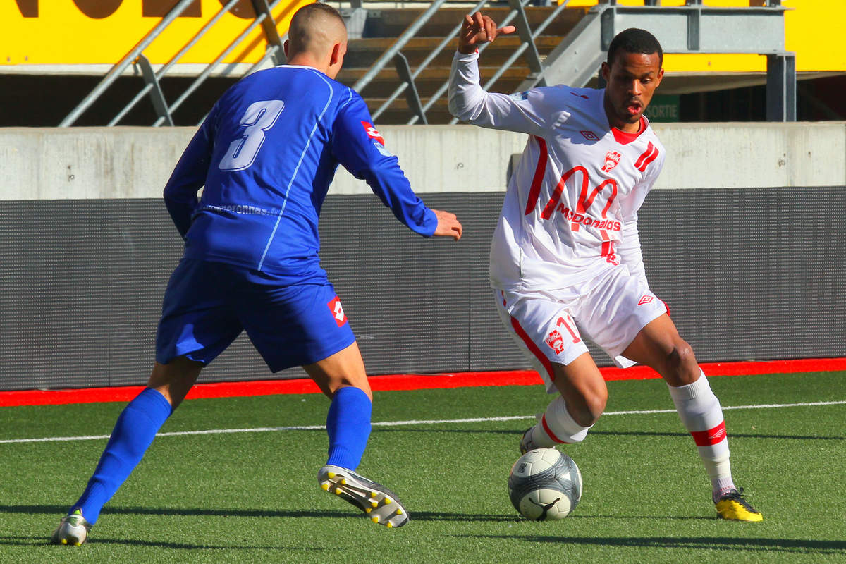 ASNL/Bourg-Peronnas en CFA - Photo n°0