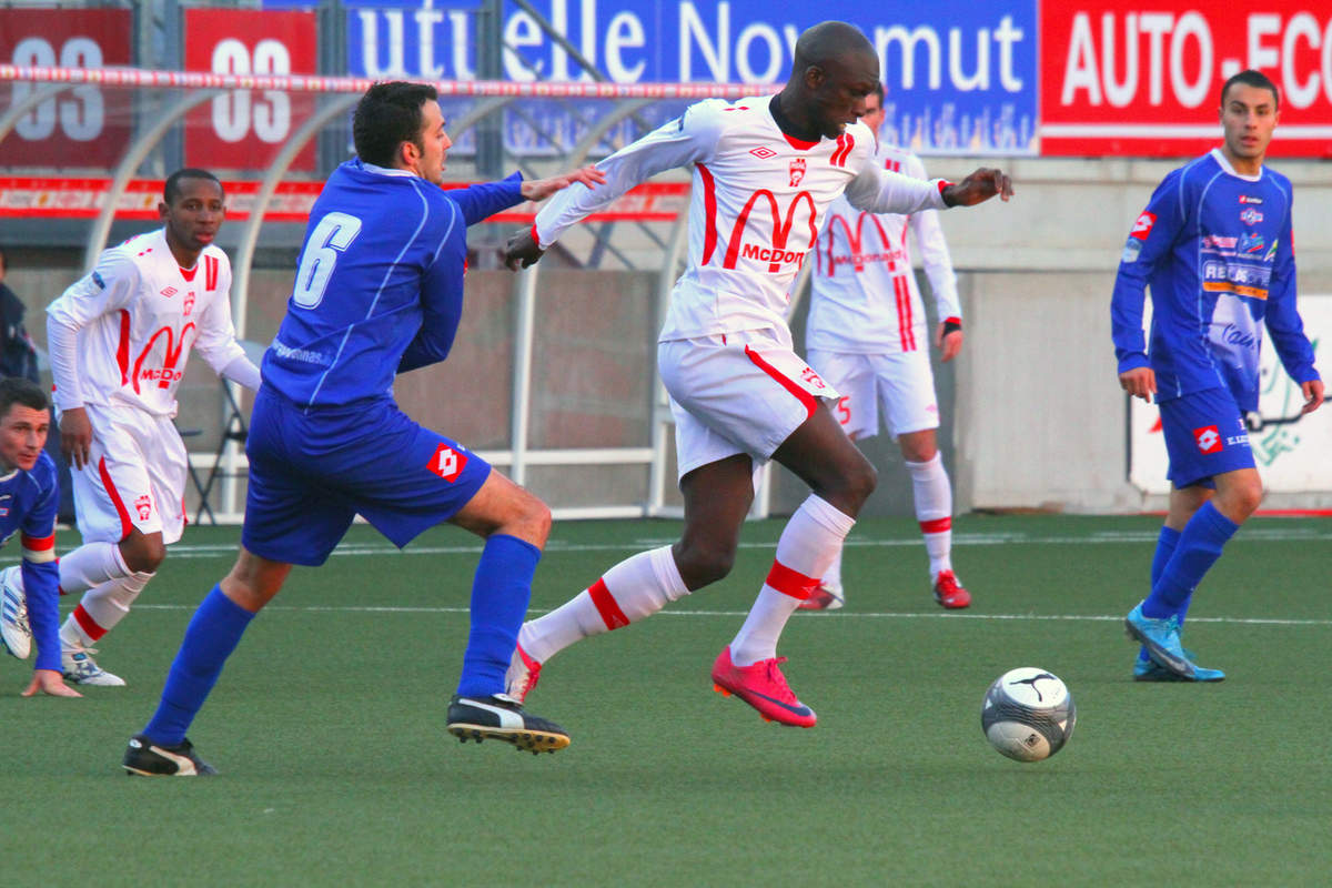 ASNL/Bourg-Peronnas en CFA - Photo n°4