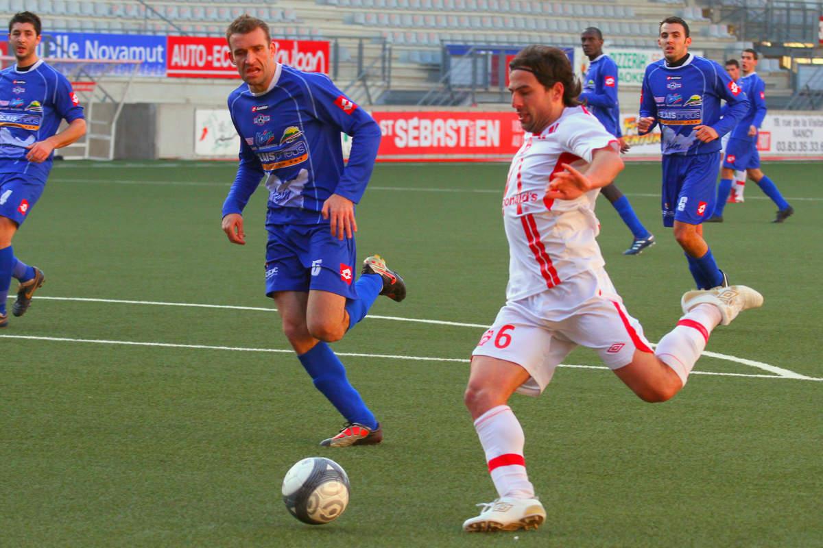 ASNL/Bourg-Peronnas en CFA - Photo n°13