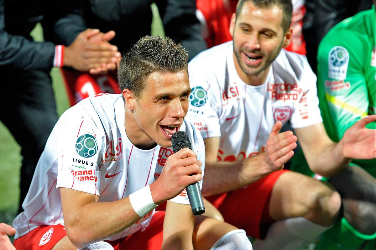 Notre place est en Ligue 1 - Photo n°2