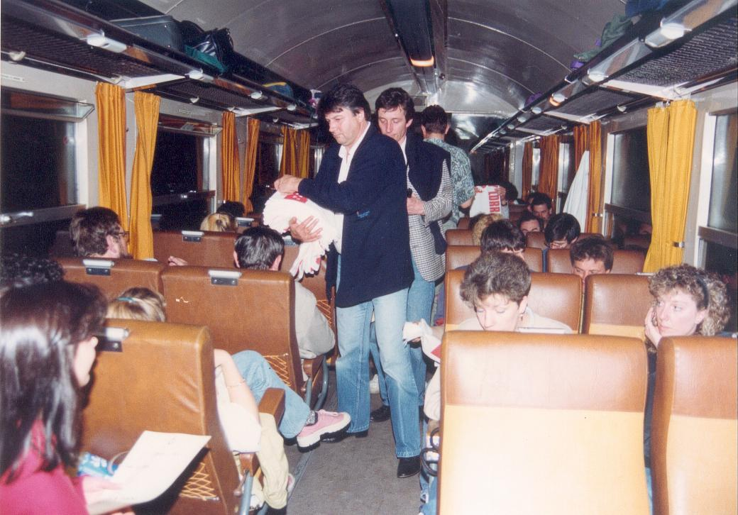 Le train de Cannes en 1992 - Photo n°6