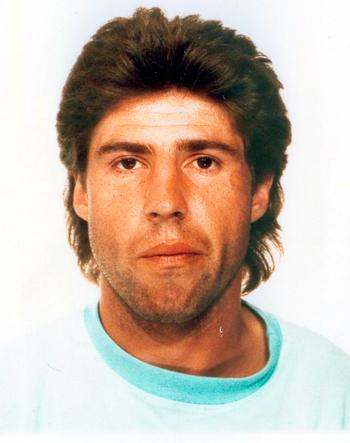 Attaquant de 1988 à 1990 (57 matchs, 12 buts)