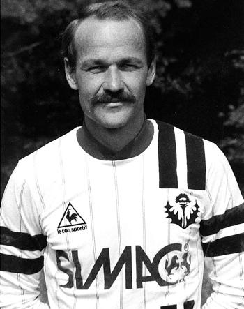Défenseur de 1984 à 1986 (74 matchs, 3 buts)