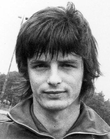 Attaquant de 1979 à 1980 (25 matchs, 2 buts)
