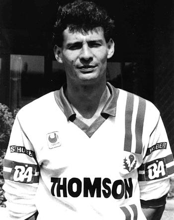 Défenseur de 1984 à 1992 (181 matchs, 4 buts)