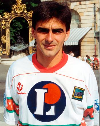 Défenseur de 1991 à 1993 (46 matchs)