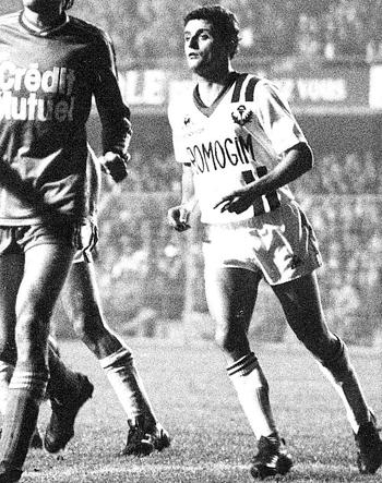 Milieu de 1978 à 1982 (35 matchs)