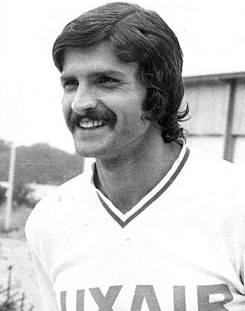Défenseur de 1972 à 1980 (243 matchs, 31 buts)