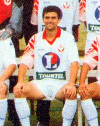 Défenseur de 1994 à 1995 (40 matchs, 4 buts)