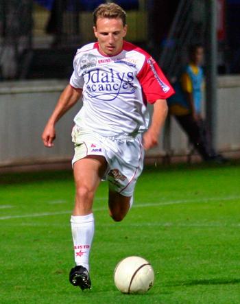 Milieu de 2003 à 2009 (99 matchs, 5 buts)