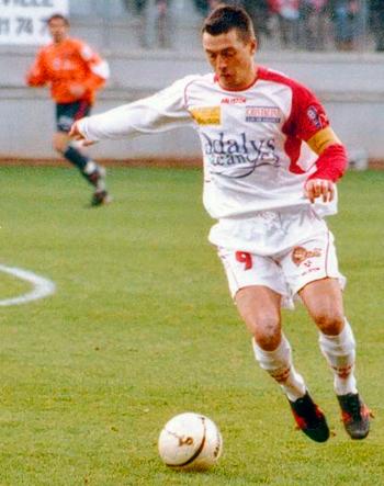 attaquant de 2001 à 2005 (99 matchs, 37 buts)