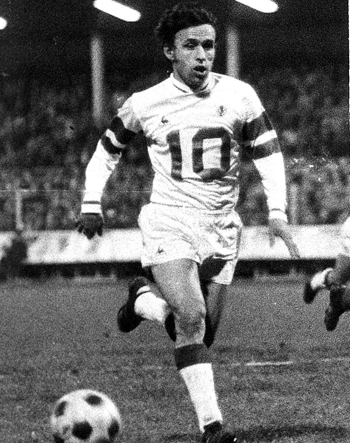 Milieu de 1967 à 1972 (146 matchs, 8 buts)