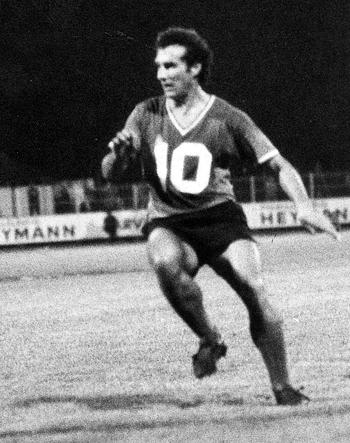 Milieu de 1970 à 1972 (31 matchs, 11 buts)