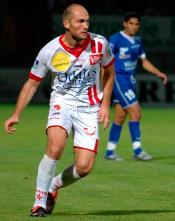 Défenseur de 1991 à 2007 (431 matchs, 9 buts)