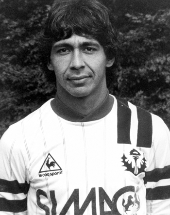Attaquant de 1984 à 1986 (69 matchs, 17 buts)
