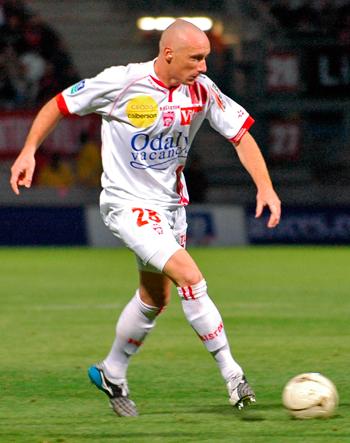 Défenseur de 2003 à 09 & de 2011 à 13 (196 matchs, 19 buts)