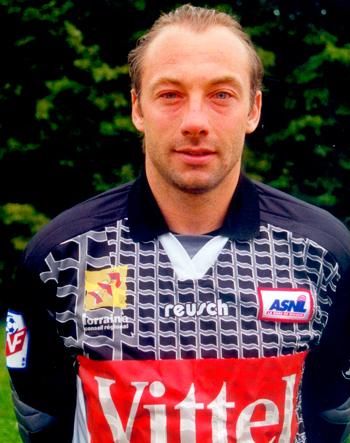 Gardien de 2001 à 2002 (15 matchs)