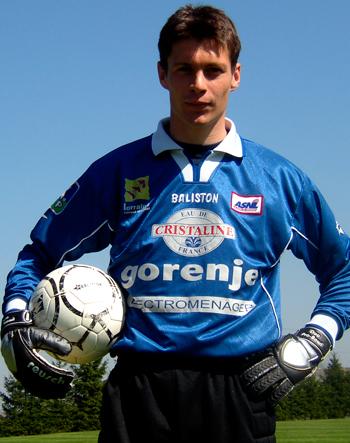 Gardien de 2001 à 2006 (70 matchs)