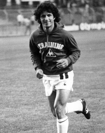 Milieu de 1978 à 1985 (230 matchs, 62 buts)